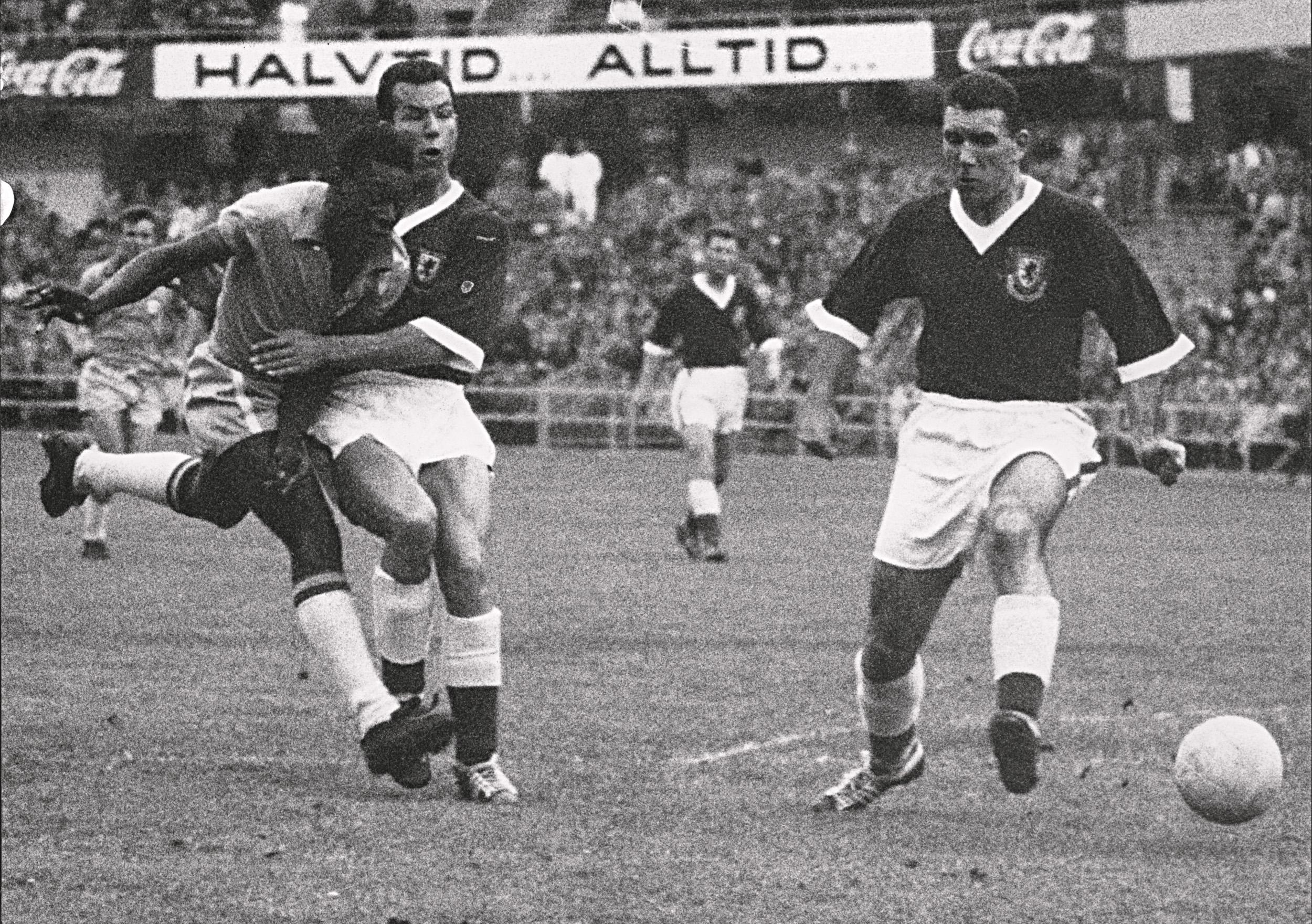 Top 10 legendary performances Pele Brazil v Sweden 1958