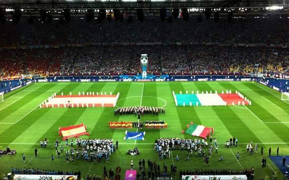 Spain vs Italy - Euro 2012