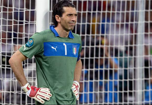 Buffon to take pay cut in new Juventus deal - report