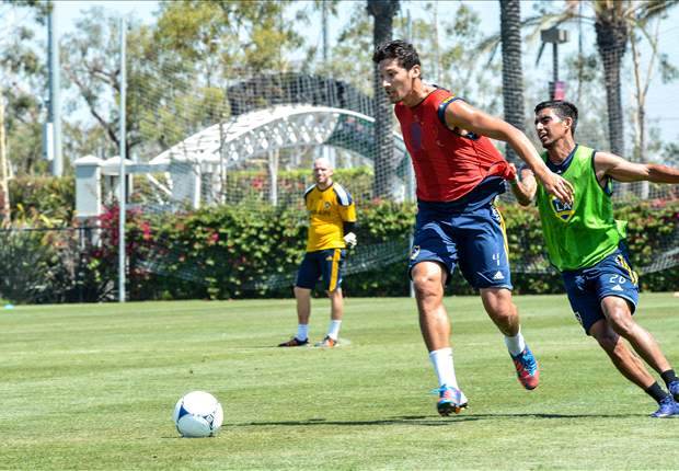 Omar Gonzalez back to the grind in Tottenham friendly