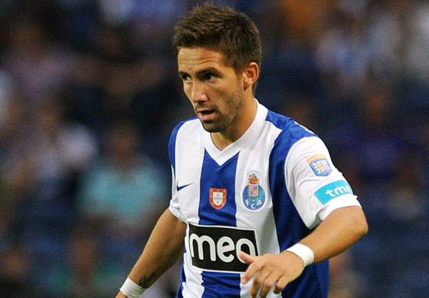 Tottenham & Porto still at odds over Moutinho fee