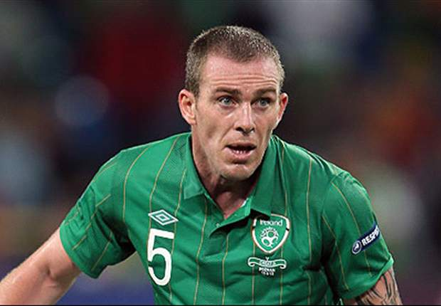 Ireland's Richard Dunne suffers injury setback