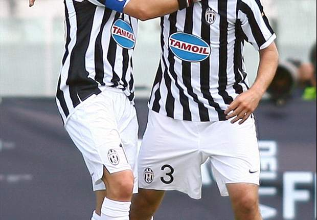 Juventus' Giorgio Chiellini Pays Tribute To Birthday Boy Alessandro Del Piero