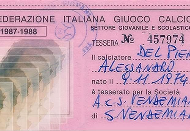 Del Piero, niente Juve dopo vent'anni, ma la voglia di giocare è rimasta intatta... Il fantasista al lavoro nella palestra di casa, in attesa della chiamata giusta