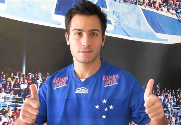 Mesmo tendo atuado por pouco tempo, Martinuccio aprova sua estreia com a camisa do Cruzeiro