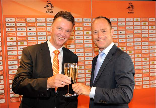 Van Gaal takes Netherlands job