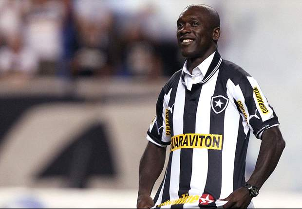 Seedorf thanks Botafogo fans' support support at official presentation