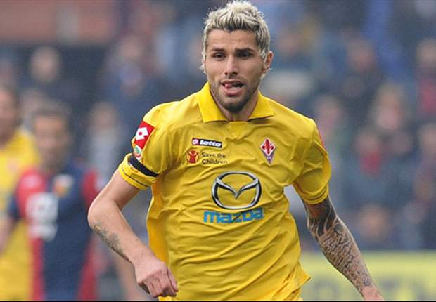 Napoli confirm capture of Fiorentina duo Gamberini & Behrami