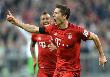 Lewy hits FIVE, Aguero strikes - LIVE!