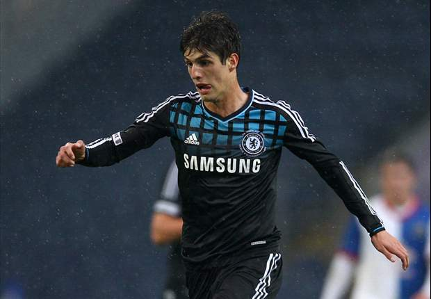 Benitez: Chelsea starlet Piazon to join Malaga on loan
