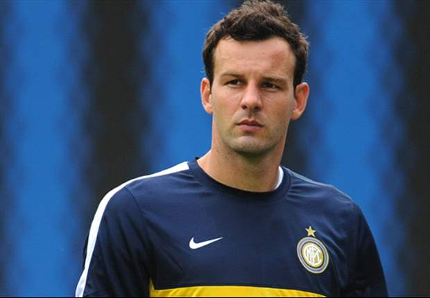 No problem if Julio Cesar stays at Inter, says Handanovic