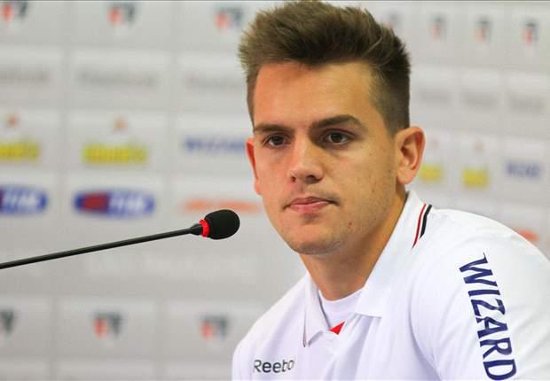 Rafael Tolói aceita reserva no São Paulo