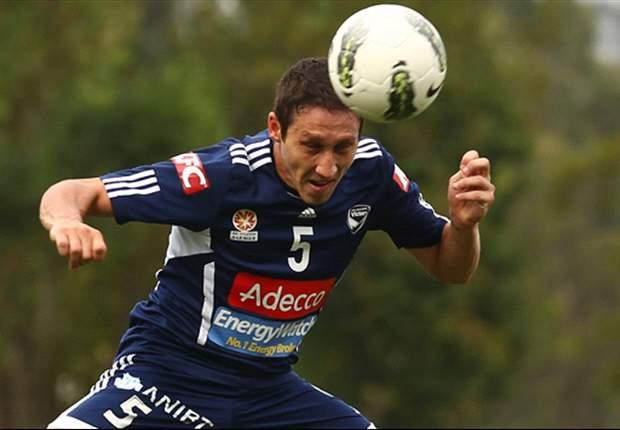 Melbourne Victory 'a lot more positive' under Ange Postecoglou, believes new signing Mark Milligan