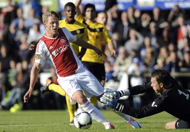 Fischer could become a major player, says Ajax coach De Boer