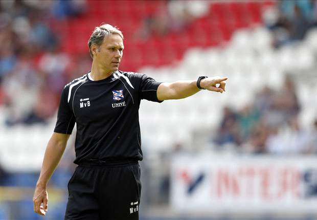 Heerenveen Dinginkan Konflik Marco Van Basten