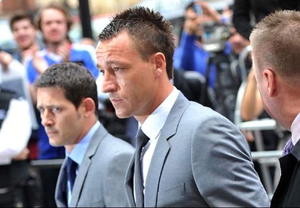 Hodgson hopes Terry is cleared of FA racism charge