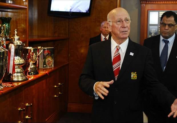 Bobby Charlton: Mourinho es muy bueno, pero pontifica demasiado