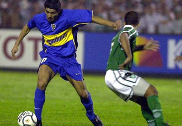 Riquelme deve ficar na Argentina, diz jornal