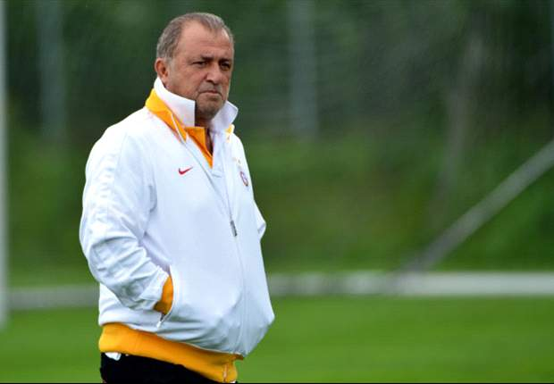 Galatasaray boss Terim eyes upset against Manchester United