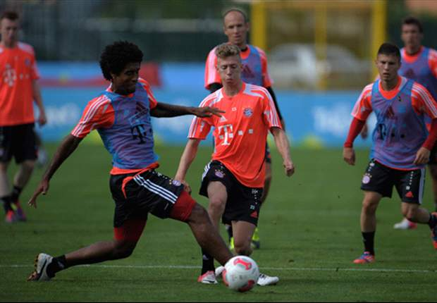 FC Bayern: Wechselt Mitchell Weiser im Winter?