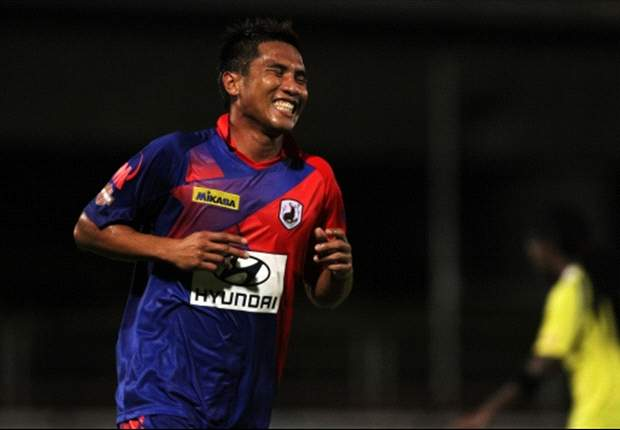 The former Singapore striker will join the club for a third spell.