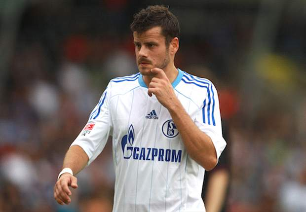 Official: Schalke loan Barnetta to Frankfurt