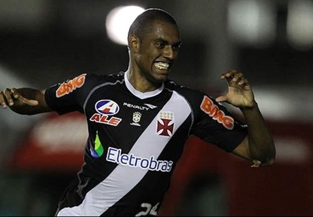 Vasco acerta transferência de Douglas para a Ucrânia