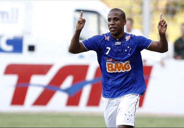 Cruzeiro 2 x 1 Palmeiras: em jogo de arbitragem ruim, equipe celeste vence com dois gols de Borges