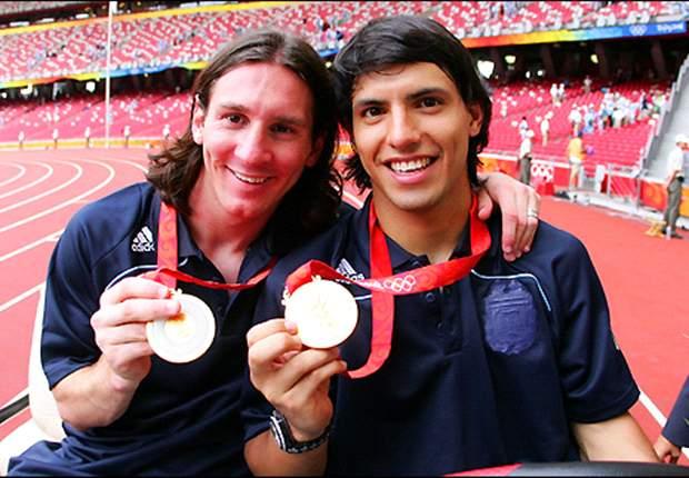 Manchester City: 'Lionel Messi aún se caga de la risa cuando recuerda que en 2005 yo no sabía quién era él', afirma Sergio Agüero