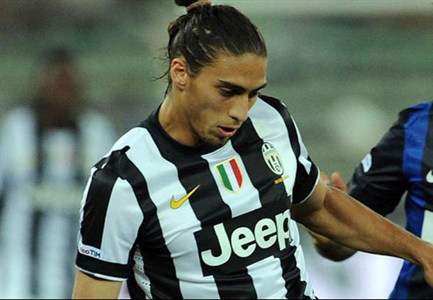 Caceres sustains head injury in traffic accident