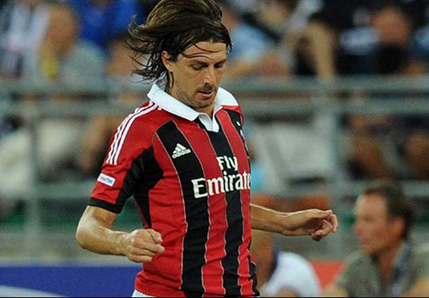 Acerbi targets top three finish for AC Milan