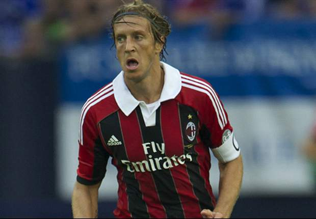 AC Milan can and will improve, says Ambrosini