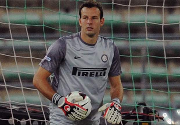 Inter's Handanovic undergoes knee surgery