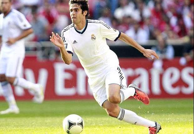 Corinthians se interesa en Kaká y Pato