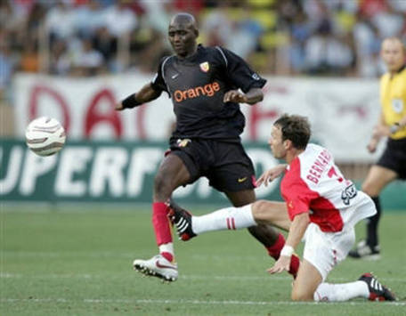 Alou Diarra of Lens (AFP)