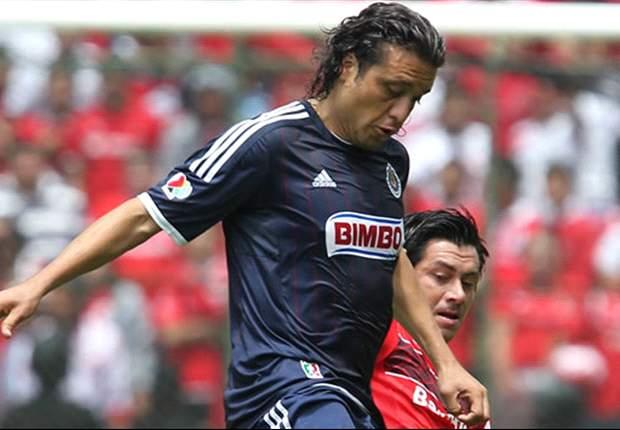 Chivas recupera a Héctor Reynoso