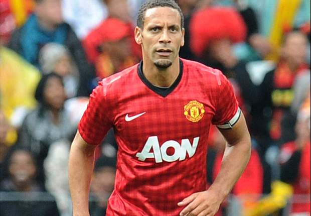 Rio Ferdinand happy to wait for Manchester United contract renewal