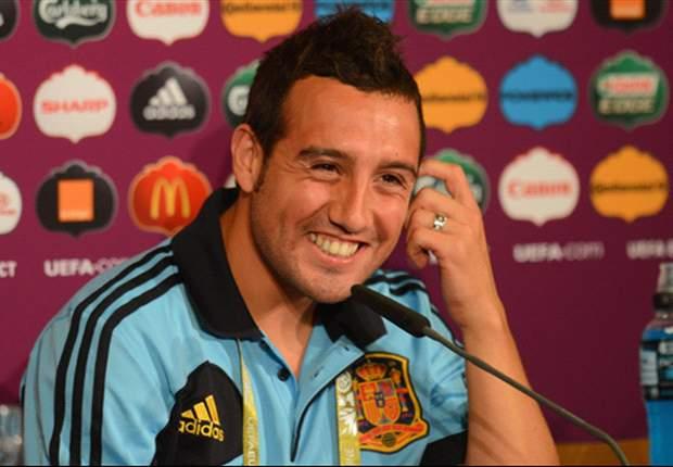 Santi Cazorla Yakin Spanyol Keluar Dari Tekanan