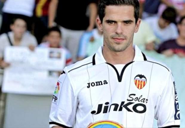 Fernando Gago y Tino Costa, titulares en el Levante-Valencia