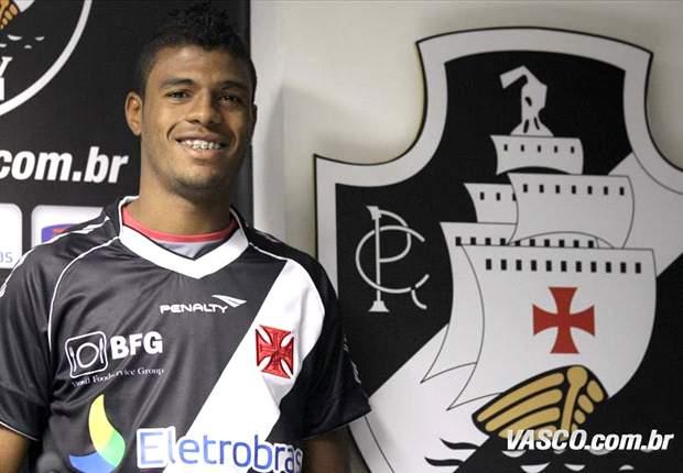 Auremir é o segundo jogador a rescindir com o Vasco