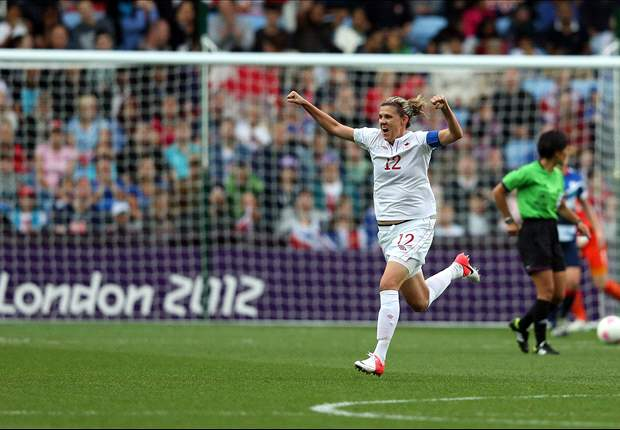 Christine Sinclair named 2012 Lou Marsh Award winner as Canada's top athlete