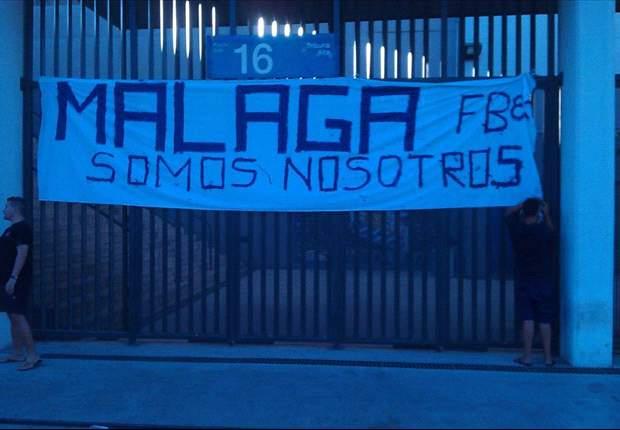Málaga: Casi 300 aficionados se manifiestan para apoyar a su equipo