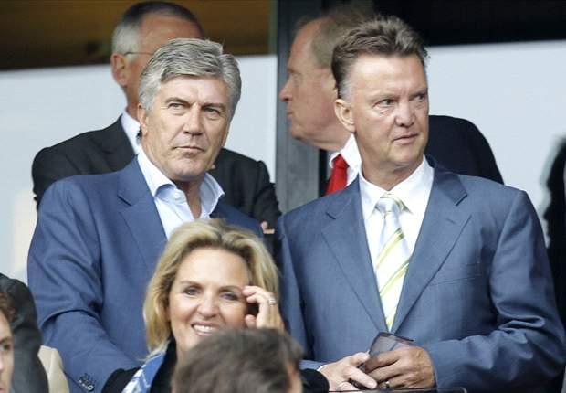 Van Gaal stuurt Clasie en Maher naar Jong Oranje