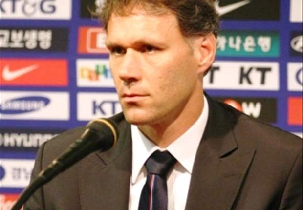 Van Basten: Netherlands misbehaved in 2006 & 2010