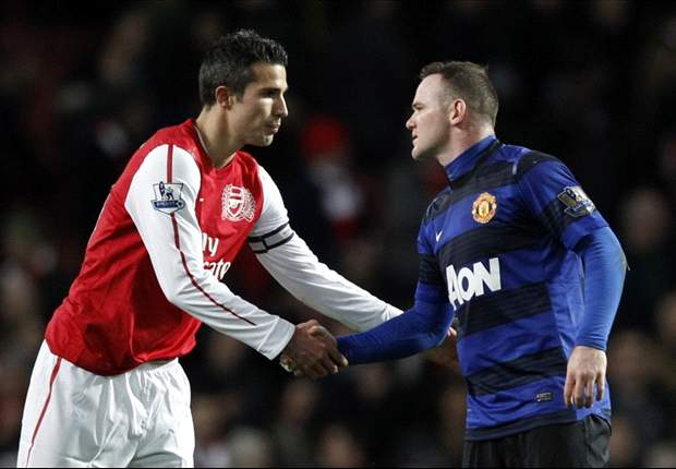 Van Persie 8/1 to finish as Premier League top scorer after fee is agreed with Manchester United