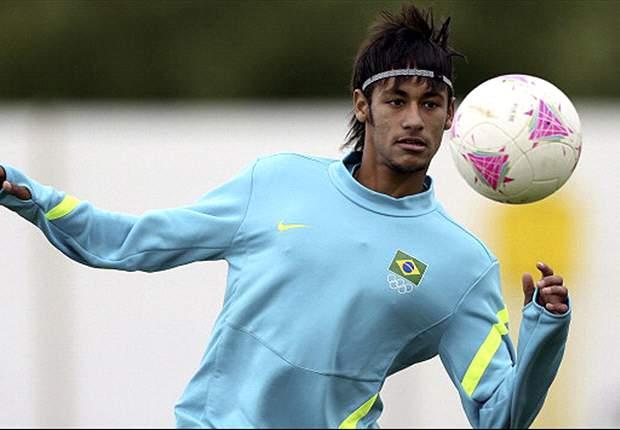 Neymar e jogadores do Timão chegam a concentração da Seleção Brasileira em São Paulo