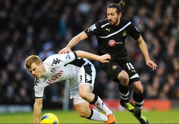 Martin Jol: John Arne Riise Penting Untuk Fulham