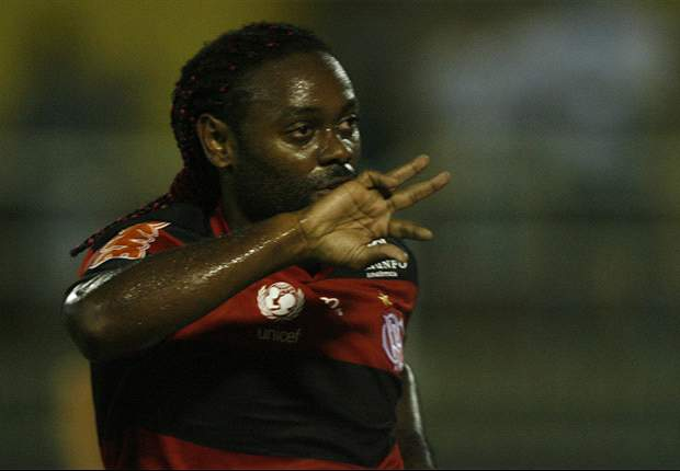 Brasileiro Round 16: Vagner Love double earns Flamengo back-to-back wins