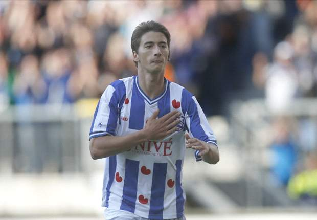 Filip Djuricic Fit Hadapi Ajax
