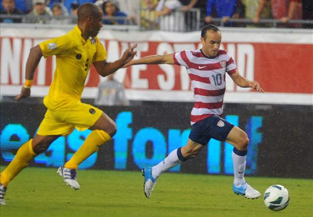 Donovan shakes off knee injury to make U.S. roster